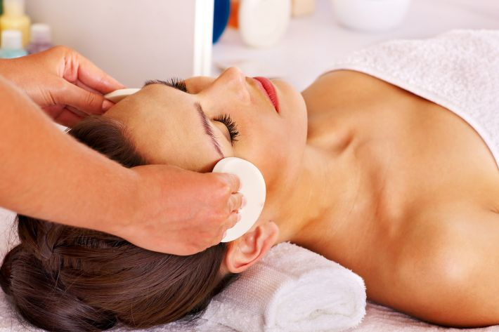 Anti-ageing Facials by Amber Beauty